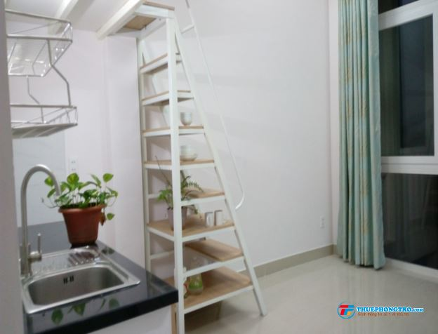 Cho thuê căn hộ mini rộng 45m2 có thang máy nhà mới xây Q. Tân Bình