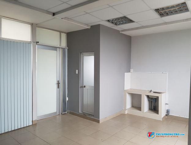 Quận 10  Cho thuê phòng 15 m2 giá 2,6 triệu Bếp  WC riêng