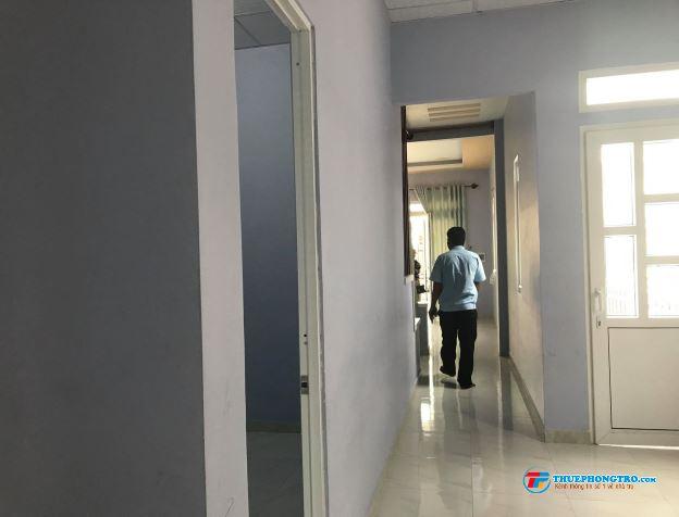 Cho Thuê nhà nguyên căn 100m2 ở CÂY THÔNG TRONG có chỗ để xe hơi 2PN