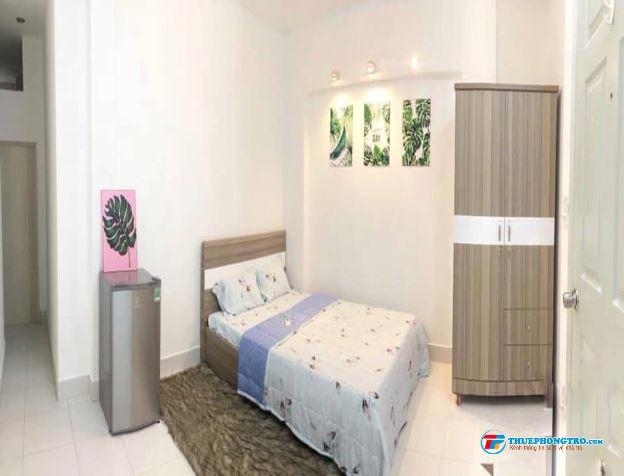 Phòng 5 tr đủ tiện nghi ngay ngã tư Phú Nhuận Bình Thạnh