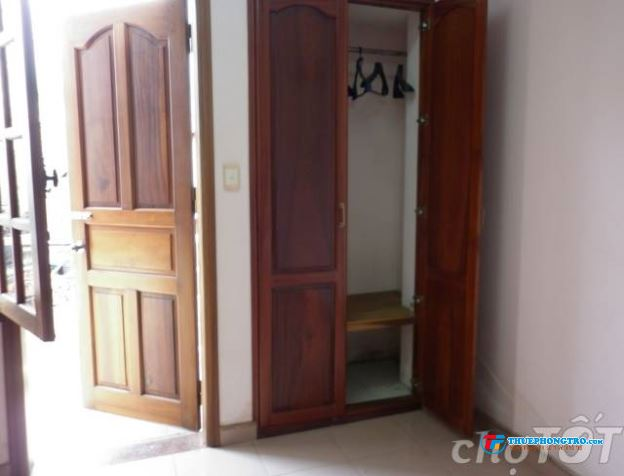 Nhà ít người, còn dư phòng cho nữ NVVP hoặc SV thuê