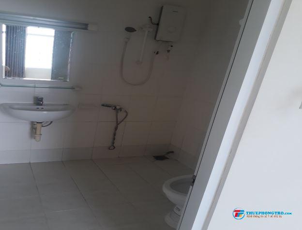 Chính chủ cho thuê chung cư Hoa Sen  Lotus Apartment 262 Lạc Long Quân Quận 11.Dt 64m2,giá 9.5tr.