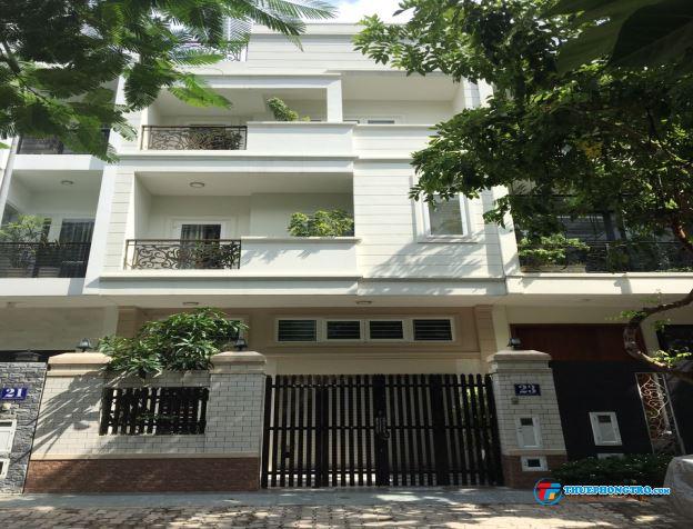 Nguyên căn nhà phố, đường Hoàng Quốc Việt, Q7. 38 triệu