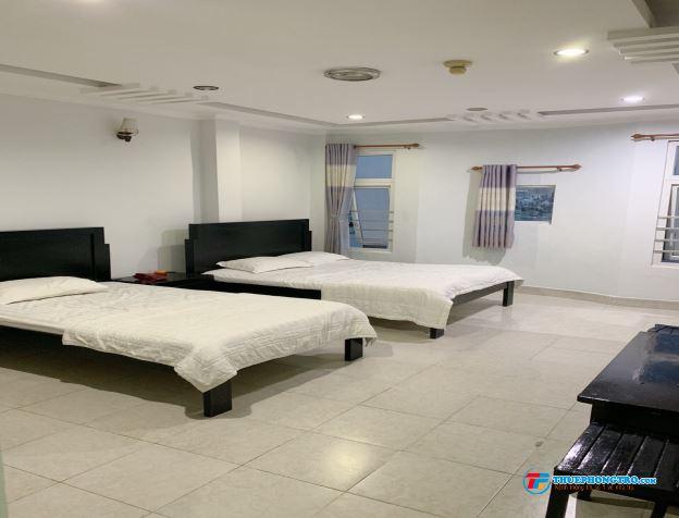 phòng rộng đầy đủ tiện nghi trung tâm Phú Nhuận
