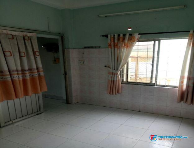 Phòng CỬA SỔ máy lạnh THOÁNG MÁT GẦN GẦN đẶNG VĂN NGỮ
