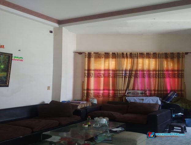 Phòng đầy đủ nội thất, mặt tiền đường, DTSD 60m2, view sông