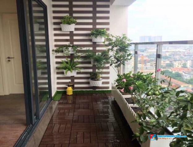 Nhà cho thuê hẻm xe hơi thông Trần Văn Mười, Hóc Môn, 4pn, 3wc. Giá 5,5 triệu. ĐT: 0764393183