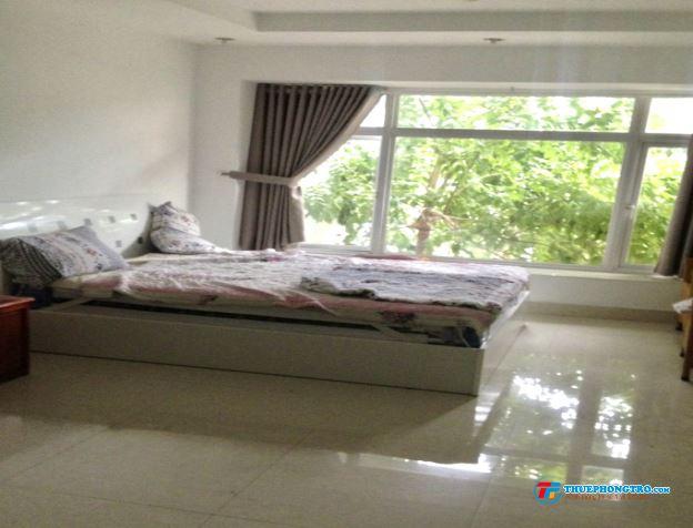 Phòng mới xây, nội thất, an ninh. MT Phạm Văn Đồng