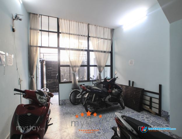 phòng cao cấp có ban công gần Vinhome Bình Thạnh,DT30m2,giá5.8 triệu 0918856800