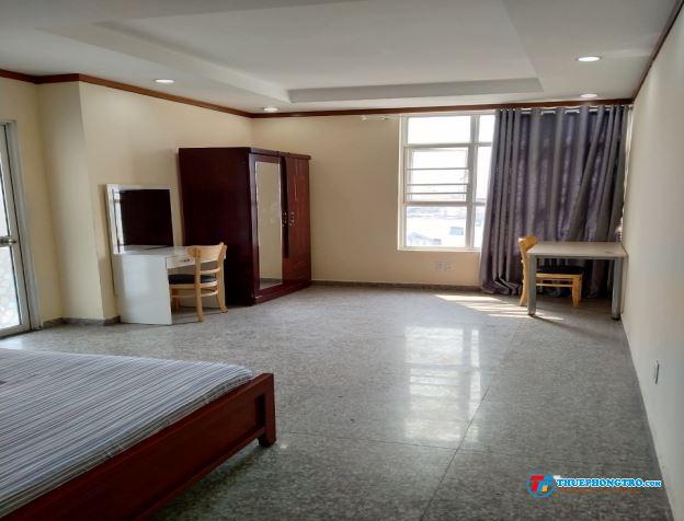 Phòng trong căn hộ Hoàng Anh Thanh Bình, 5 phut đến ĐH Rmit, Tôn Đức Thắng. Xách vali vào ở ngay