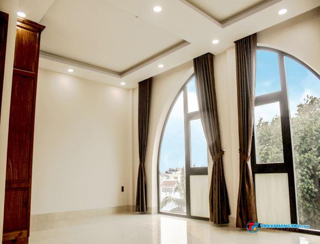 Phòng BAO ĐẸP, MỚI XÂY nằm ngay mặt tiền Nguyễn Thượng Hiền, 5p sang Q.1