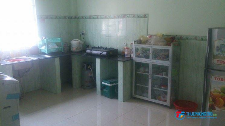 Cho Nữ thuê phòng hoặc ở ghép nhà nguyên căn  gần đường Đặng Văn Bi