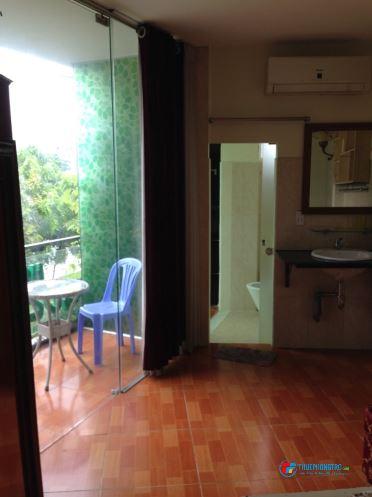 Căn hộ mini, phòng mới đẹp, full nội thất, mặt tiền Trường Sa, sát Quận 1