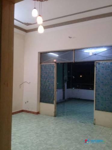 Phòng cho thuê 30m2 Bình Tân gần siêu thị aeone