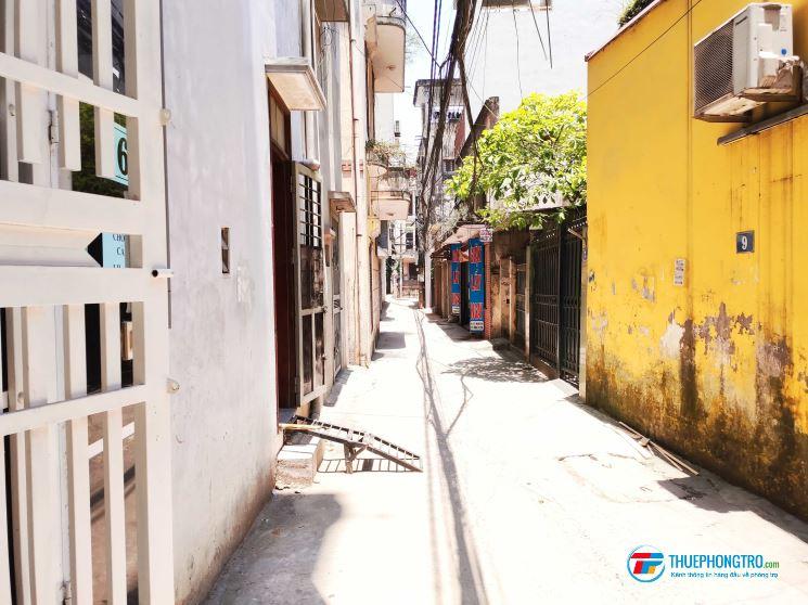 Cho thuê nhà 30 m2, 5 tầng ở ngõ 381 Nguyễn Khang, Yên Hòa, Cầu Giấy, Hà Nội