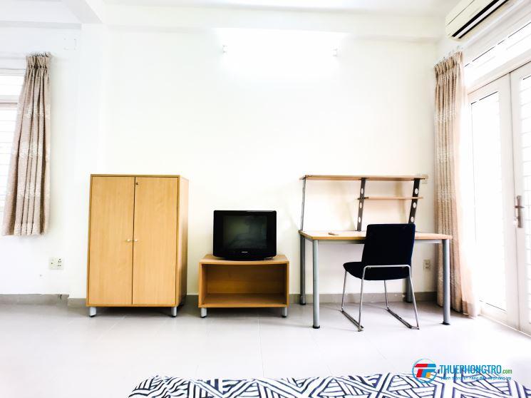 Phòng đầy đủ nội thất Xô Viết Nghệ Tĩnh trung tâm Bình Thạnh