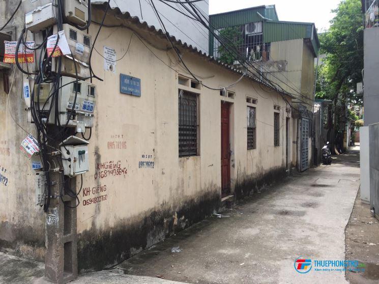Phòng trọ khép kín điện nước rẻ ko chung chủ gần KDCN giá 700k/tháng