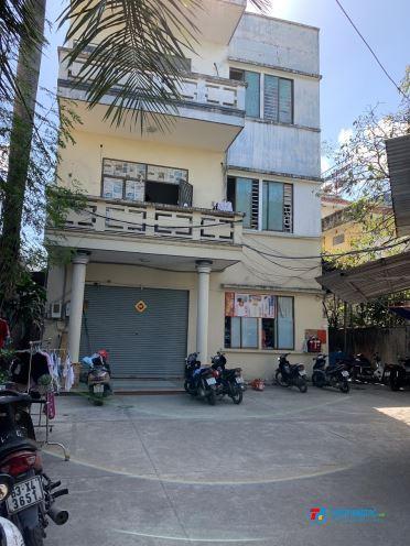 Phòng 18m2, có gác, kệ bếp, khuôn viên xanh mát yên tĩnh gần Quang Trung