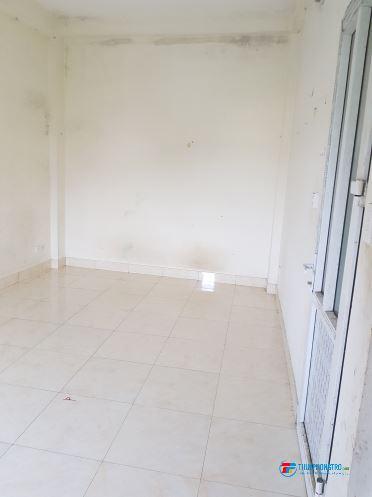 Cho thuê căn hộ khép kín gần chợ Cầu Diễn