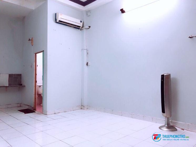 PHÒNG MT NGUYÊN LẦU -khu Bau Cat thoáng mát, 36m2, g tự do