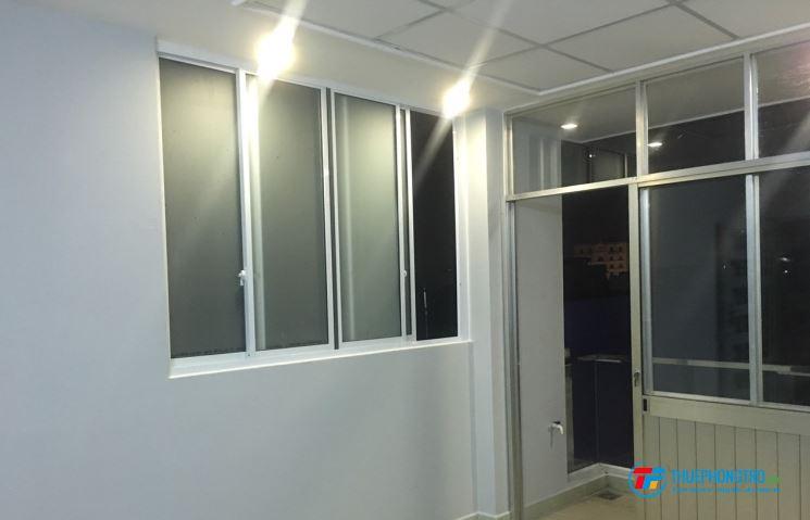 Phòng đẹp góc 2MT lấy ánh sáng cực tốt (giảm 20% cho khách thuê sớm) hình thật100% có camera
