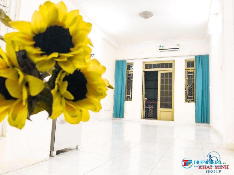 Phòng 40m2,có BAN CÔNG - MÁY LẠNH, 63S Ung Văn Khiêm