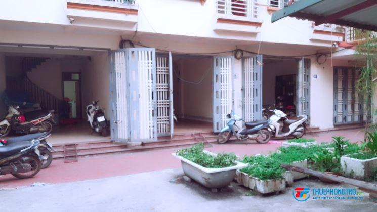 Nhà anh còn.p.Đẹp, tiện nghi,sống thoải mái dt20m2,giá 1.8tr Nguyễn xiển,gần khu Linh Đàm