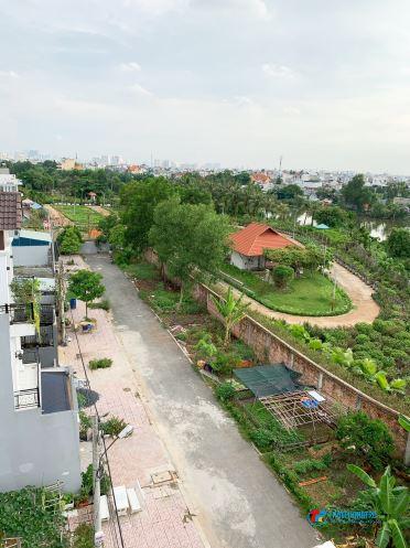 Cho thuê căn hộ dịch vụ, mini đường Phạm Văn Đồng, 35m2 có gác máy lạnh, nhà mới 100%