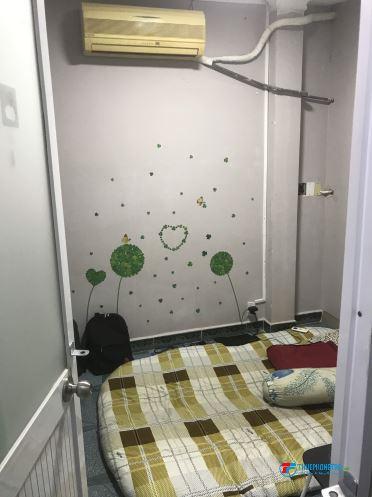 Phòng trọ Q10, giờ tự do, có máy lạnh 2,2tr/tháng