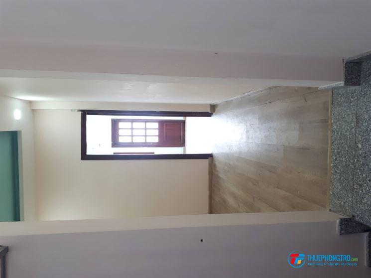 Bán,Cho thuê nhà đầu hẻm 1trệt, 1 Lửng, 2 lầu oto đường Huỳnh Tấn Phát