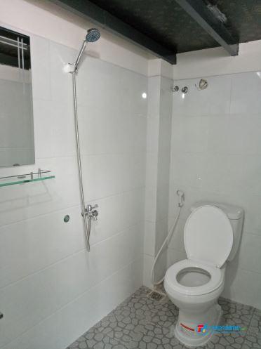 Nhà trọ đường Nguyễn Xí có WC riêng