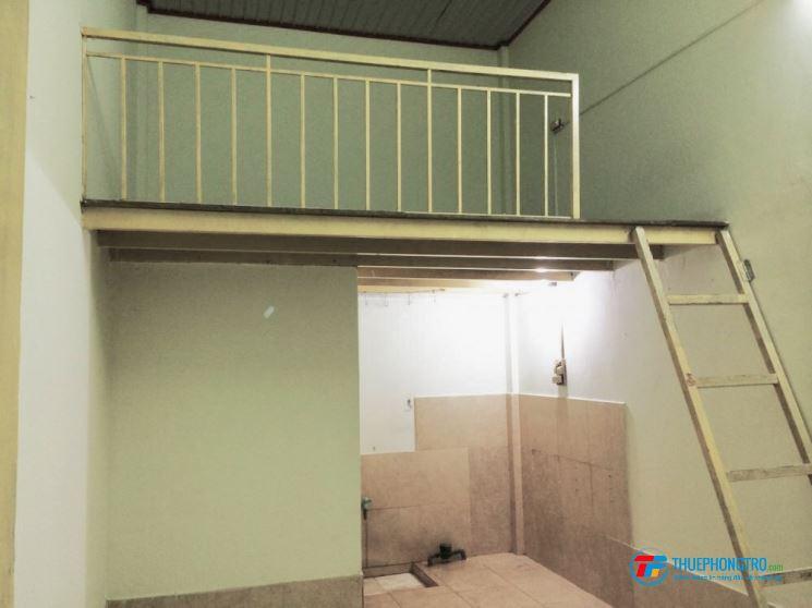 Phòng trọ có gác lửng đường 59 ngay chợ Thạch Đà, Quận Gò Vấp