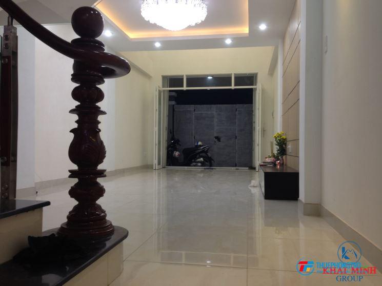 Phòng BAO ĐẸP, MÁY LẠNH, cửa sổ, WC riêng- Bùi Đình Túy, gần Hàng Xanh