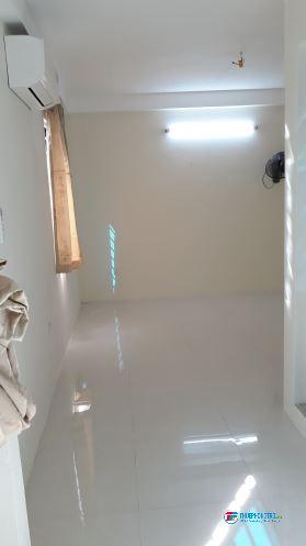Cho thuê phòng trọ chính chủ ,nhà mới xây 4 tầng  ,khép kin sạch sẽ...giá 3,3 và 3,5 triệu