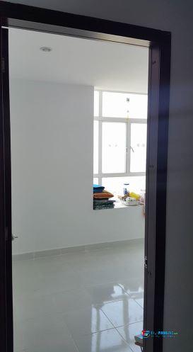 cho 1-2 NỮ thuê phòng trong chung cư, cách đại học RMIT, tôn đức thắng, satra Phạm Hùng 5 phút