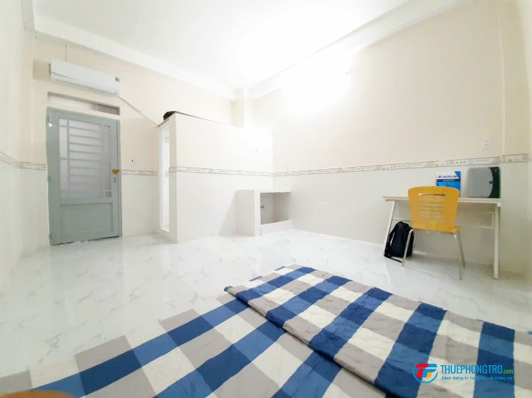 Phòng 35m2 có bếp, máy lạnh đường GÒ DẦU  quận tân phú, ở 3 ng 3 xe