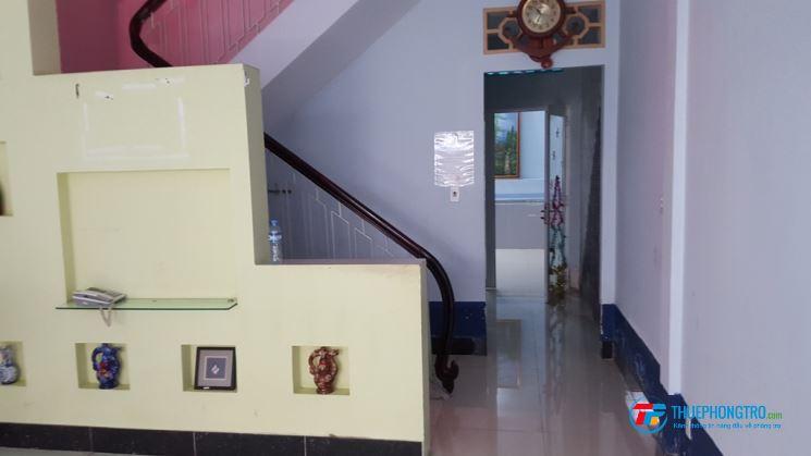 Phòng 25m2. mới sạch sẽ thoáng tại 4/4 Trần Khắc Chân P.Tân Định Q.1. Giá 3.8Tr