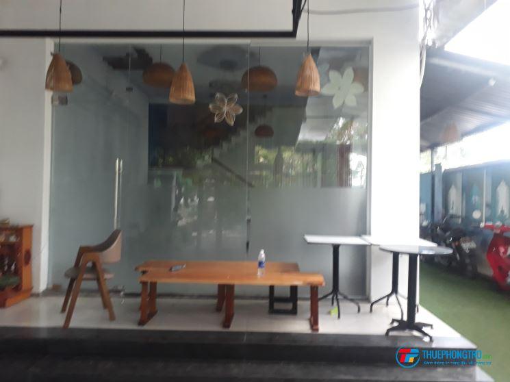 Cho thuê nhà mặt tiền 3 tầng đẹp gần ĐH Kinh tế, biển Mỹ Khê
