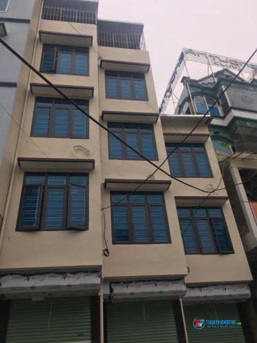 Cho thuê nhà kinh doanh tại Mỹ Đình 30m x 4,5 tầng