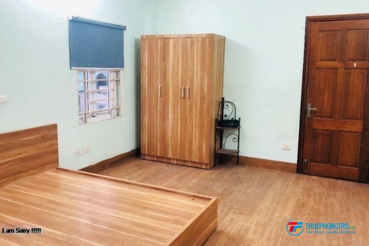 Cho thuê phòng mới xây gần UBND  Quận Tân Phú... Giáp 3 Trường Đại Học Giãm Trực Tếp 300k 3 Tháng
