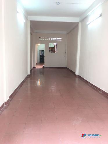 Nhà cho thuê nguyên căn hẻm xe hơi 233/28 Nguyễn Trãi Q1 gần chợ Thái Bình
