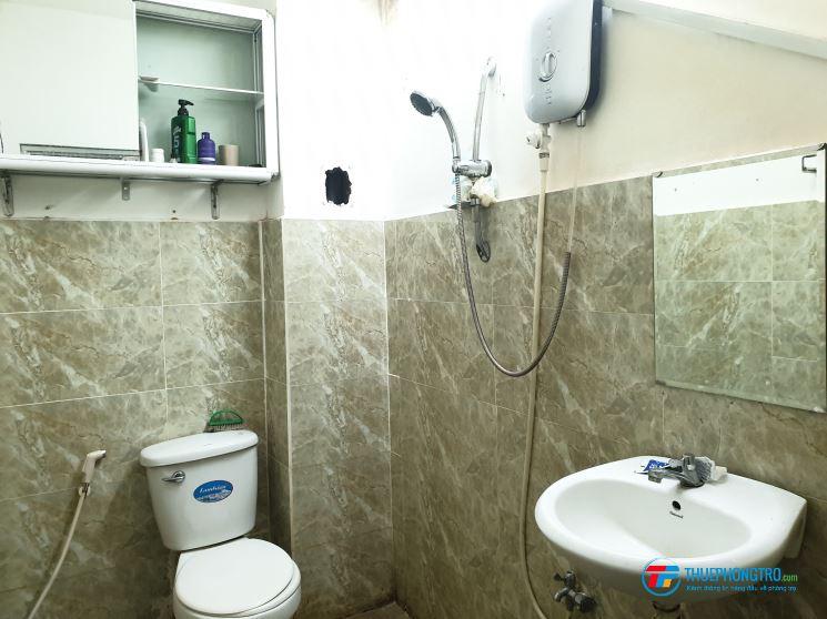 Cho thuê phòng trọ quận 1, 50m2, full nội thất, ngay Chợ Tân Định