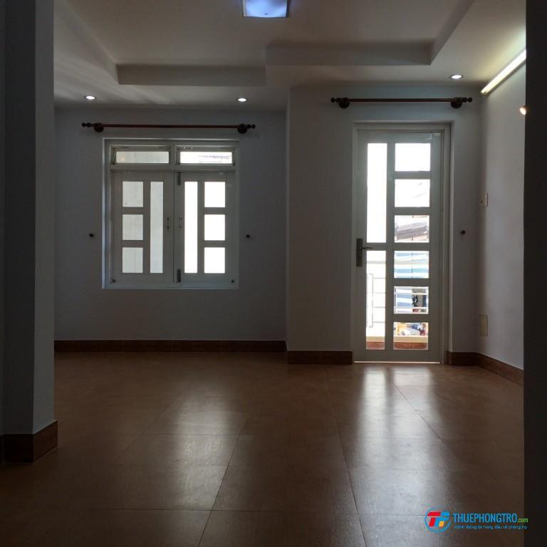 Quận 10, Cho thuê phòng 1 người ở, toilet riêng, tiện nghi, sạch sẽ, có balcon…