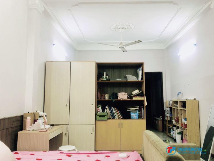 Cần share phòng trọ 50m2 Đinh Bộ Lĩnh p26 quận Bình thạnh