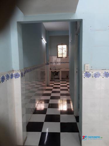 Cho thuê Nhà đẹp, rộng rãi 50m2 có gác lửng, khu dân cư yên tĩnh