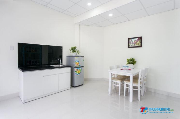 Cho thuê phòng cao cấp khu vực trung tâm Q. Phú Nhuận, gần sân bay TSN giờ tự do, có bảo vệ 24/24