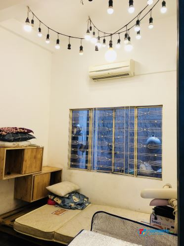 Cho Nữ thuê phòng trọ, phòng sạch sẽ thoáng mát, trung tâm, thuận lợi đi lại sinh hoạt