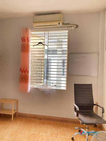 Cho thuê phòng trọ 20m2,Hẻm Cô bắc,p.1,Trung tâm Phú Nhuận