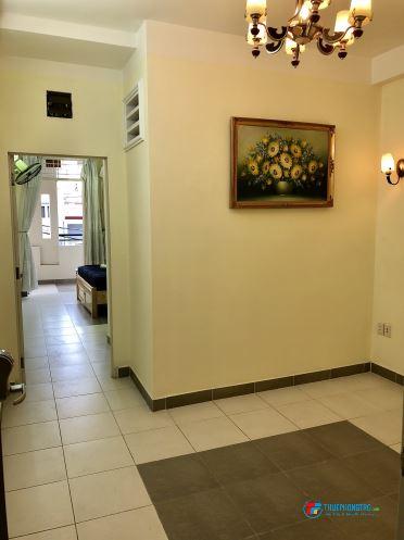 Phòng gần chợ Phạm Văn Hai. Cách Q1 chỉ 5 phút