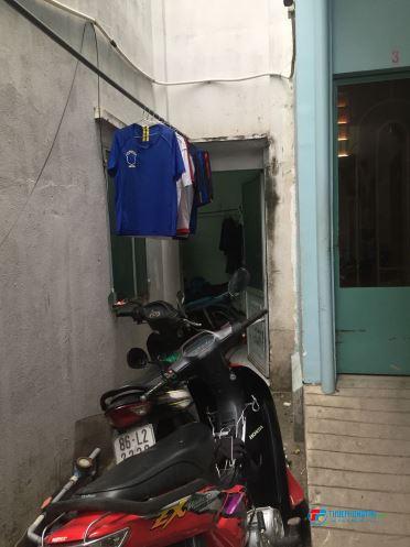 Cần Nam ở ghép Lê Văn Lương, Quận 7